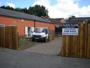 Les Balls Fencing Services for Fence Panels and Sheds